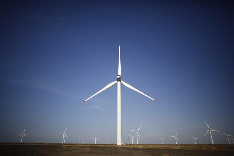 Nhà máy điện gió Mũi Dinh hòa lưới điện quốc gia